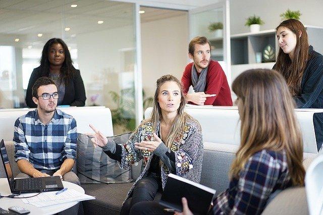 Grantly - Obveščanje, posvetovanje in sodelovanje v podjetjih