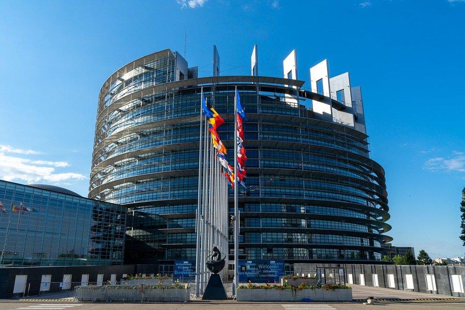 Grantly - Program izmenjav srednjeevropske pobude