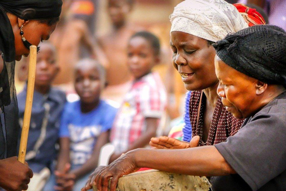 Grantly - Spodbujanja enakosti med spoloma v Gani