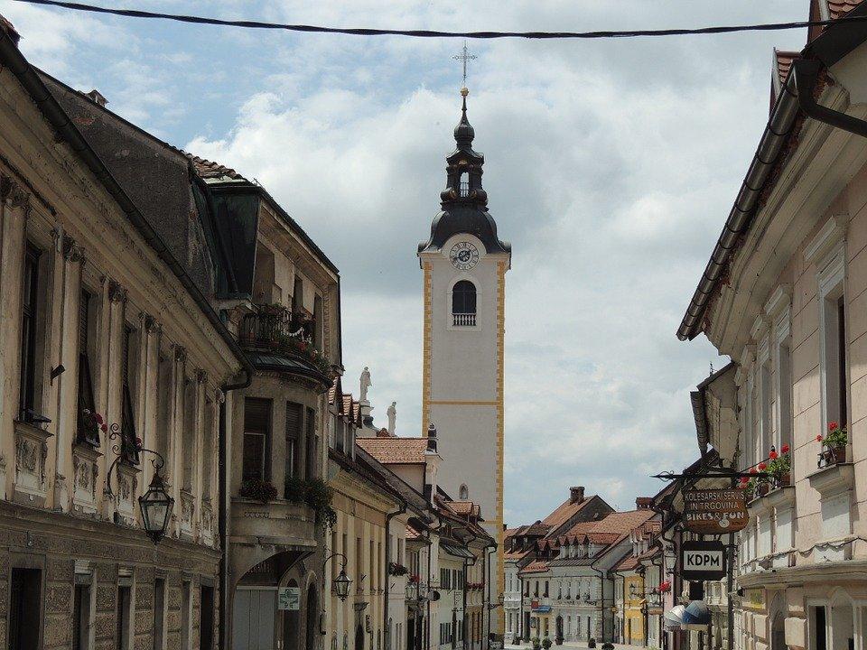 Grantly - Oddaja Budnarjeve muzejske hiše v Kamniku