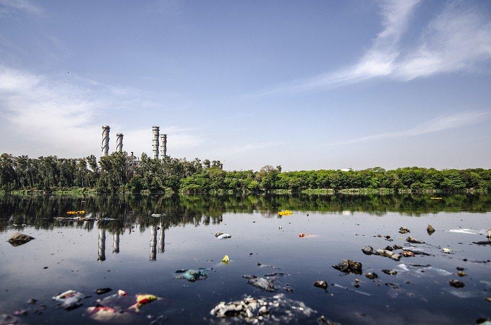 Grantly - Mednarodni regulativni okvir za ravnanje z odpadki in razgradnjo