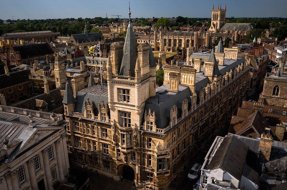 Grantly - Krepitev mrež visokošolskih ustanov in sodelovanje z okoljskimi ekosistemi
