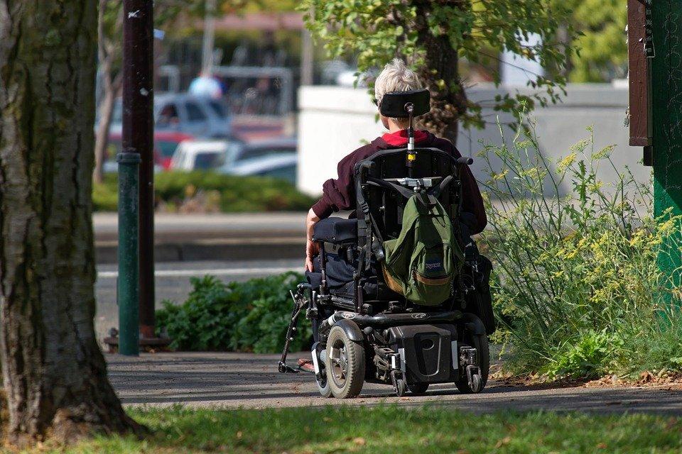 Grantly - Brezplačni prevozi za starejše in invalide v Občini Ravne na Koroškem
